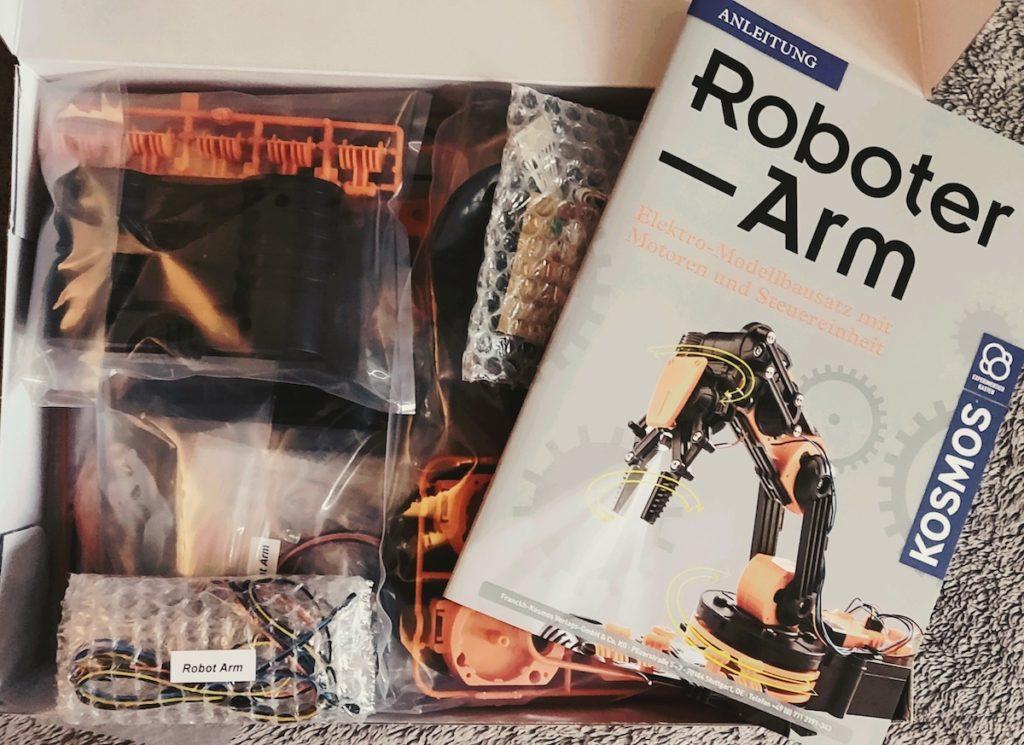 Kosmos Roboterarm Lieferumfang