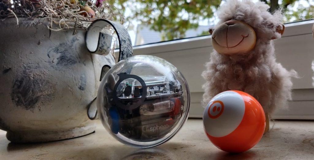Sphero Bolt vs Sphero Mini